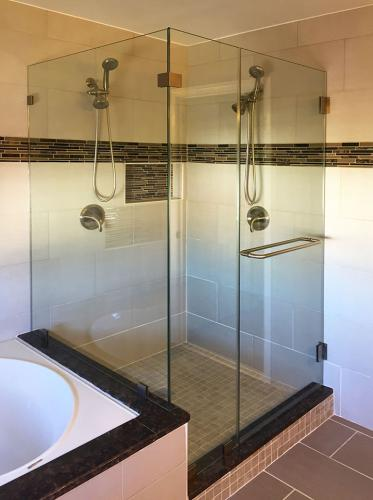 Brown's Glass Shop shower enclosure Bath rose-brown nickel clear